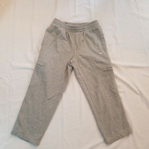 Nike Sweatpants Gray kids Size Medium